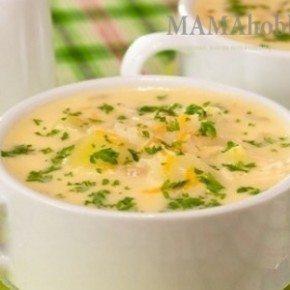 Сырный суп на курином бульоне